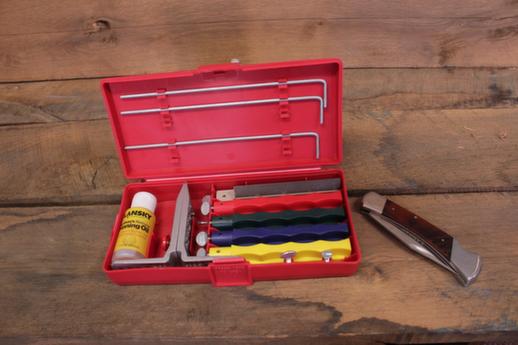 Lansky Sharpeners How To Use The Lansky Clamp The Basics